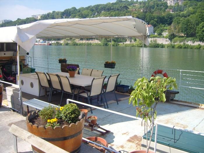 Douce mise en sc ne lyon perrache confluence - Restaurant confluence domo ...